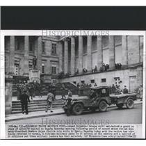 1957 Press Photo Bogota Colombia troops guard Spain - RRX82533
