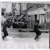 1962 Press Photo Puerto Cabello Revolt - RRX63743