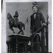 1952 Press Photo Prince Akihito Japan Emperor throne - RRW73279