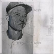 1957 Press Photo Clay Bryant Los Angeles Angels pitcher - RRW73205