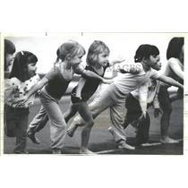1984 Press Photo Jolene Forestal Katie Ziemba Children