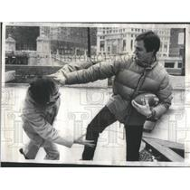 1976 Press Photo Rick Telander Author former College Football Player Clowns