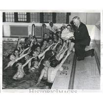1959 Press Photo PanAmerican Catholic Swim Club IL - RRW51939