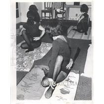 1969 Press Photo Yoga stance - RRW44379