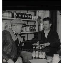 1935 Press Photo Ross Liquor Beer Temperance Michigan - RRX66937