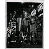 1952 Press Photo High Voltage Giant Sharon 250-ton High - RRW23525
