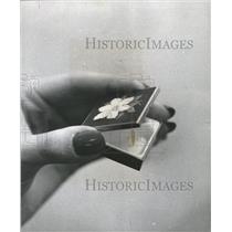 1974 Press Photo Christmas Gift Gold Plated Pillbox - RRW35225