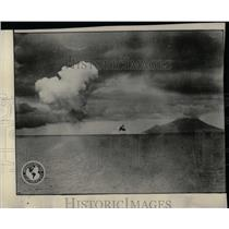 1928 Press Photo Vietnam Eruption Sundra Strait Dutch - RRX78687
