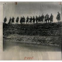 1953 Press Photo Soldiers Sandbag Canvay Island - RRX63261