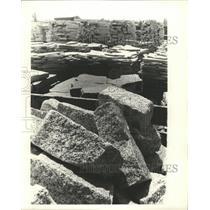 1961 Press Photo Bushel Stones - RRX95851
