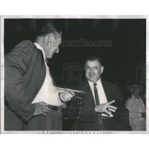 1962 Press Photo Jack Kline Speaks with reporter Walt Spirko