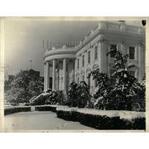 Press Photo White House Snow Covered Washington DC - RRX79225