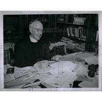 1946 Press Photo Matthew Smith Catholic Newspaper Mich - RRX55809