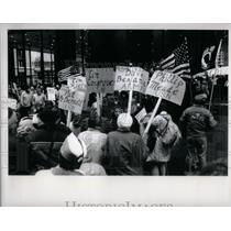 1991 Press Photo Pro Throop Rally Chicago Illinois - RRX56453
