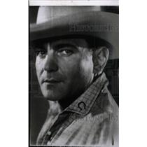 1942 Press Photo Actor Charles Jones - RRW76347