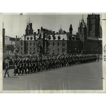 1932 Press Photo Honor Guards Parade Ottawa Canada - RRX63789