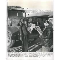 1956 Press Photo West German Truckers at Checkpoint - RRX87149