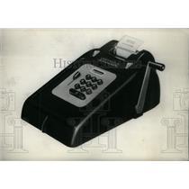 1948 Press Photo Picture Show Electronic Adding Machine - RRX43483