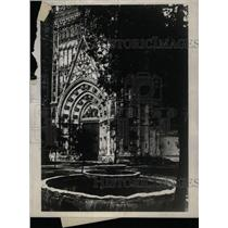 1929 Press Photo Court Oranges Cathedral SEville Spain - RRX72355