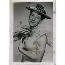 1947 Press Photo Minme Pearl Radio Personality - RRW97719