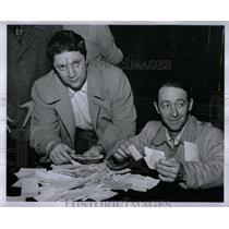 1956 Press Photo Counting Ballots At The YWCA