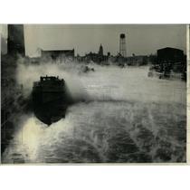 1963 Press Photo Chicago River Water Vapor Engulfing - RRW63139