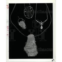 1982 Press Photo Opal Pendant - RRX64685