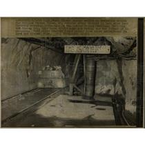 1969 Press Photo Miner William Veron Jones Veteran Lark - RRW61131