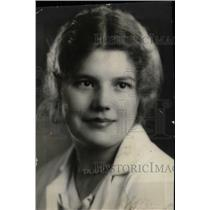 1932 Press Photo Hostess Miss Jane Griffin - RRW78991