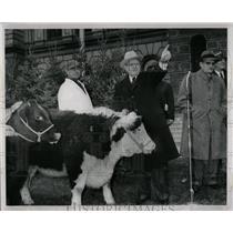 1959 Press Photo Mayor Miriani Detroit Auction Newsboys