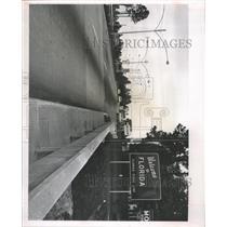 1963 Press Photo Welcome To Florida Scene Fake Town - RRX92243