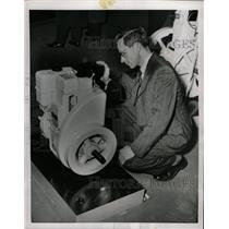 1954 Press Photo World Diesel Engine Air Cool Horsepowe - RRW24249