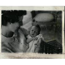 1935 Press Photo Astor Mother Child Heir