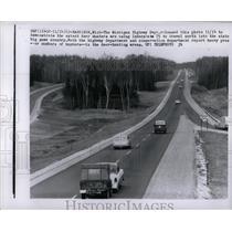 1962 Press Photo Interstate 75 Highway Road Michigan