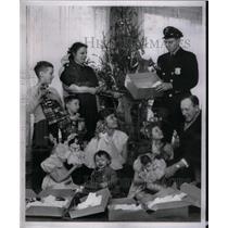 1953 Press Photo Old Newsboys - RRX58811