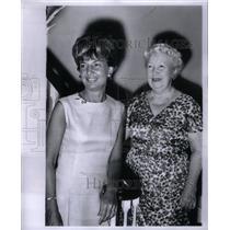 1965 Press Photo Mrs. Alexander Wrigley & Mrs.Malott - RRX57761