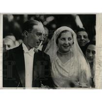 1931 Press Photo Count Paris Wedding Sicily Church - RRW77199