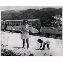 1947 Press Photo Bernice Jensen Reges Armstrong Pike - RRX61739