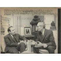 1971 Press Photo UN Officials U. Thant with Prince Sadruddin Khan - RSC21459