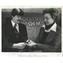 1976 Press Photo Gallery of Gems Jewelry Rings - RRW52867