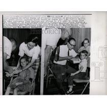 1964 Press Photo Children Getting Blood Tests Disease - RRW53943