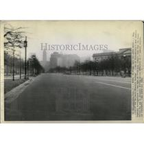 1943 Press Photo Benjamin Franklin Parkway Philadelphia