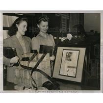 1940 Press Photo National Books Week Wayne University