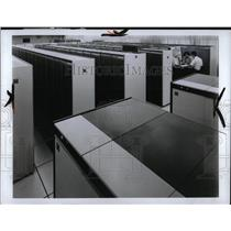 1975 Press Photo Computer room - RRW90889