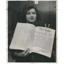 1963 Press Photo Mrs. Margaret Manzella of Chicago, Brand New American!