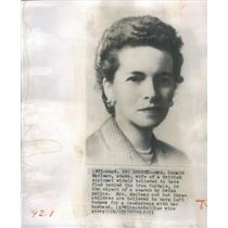 1953 Press Photo wife of British diplomat object of search by Swiss police Possi