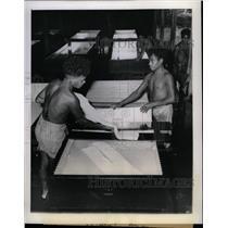 1944 Press Photo Rubber Production/New Guinea/Australia - RRX71789