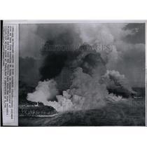 1962 Press Photo Mt. 0yama, Japanese Island Erupts - RRX78685