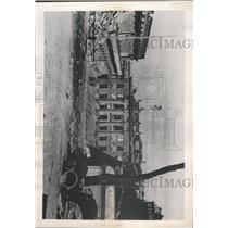 1947 Press Photo Pod Balacha Palace Warsaw Poland - RRX94123