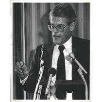 1987 Press Photo Swedish Prime Minister Ingvar Carlsson Chicago Council Meeting